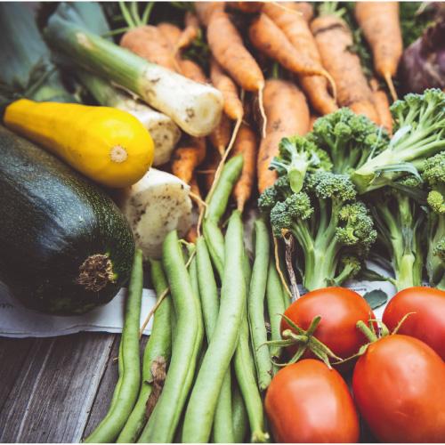 Faire manger des fruits et légumes aux enfants