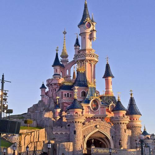 Passez une journée féerique avec vos enfants à Disneyland