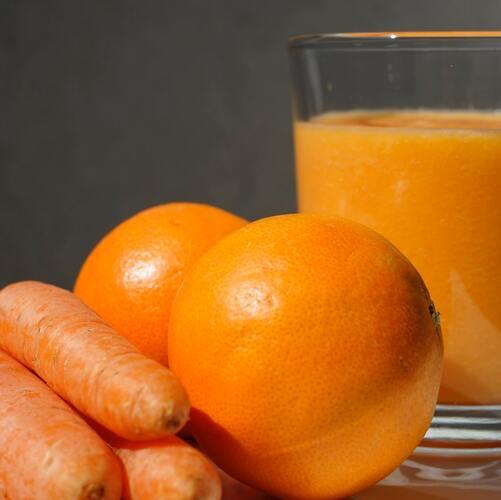 Jus de carotte et concombre