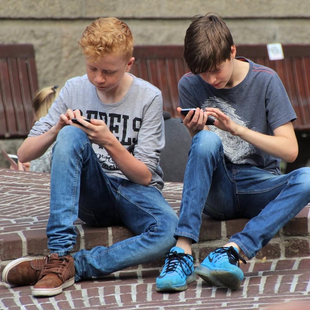 À quel âge offrir un téléphone portable à son enfant ?
