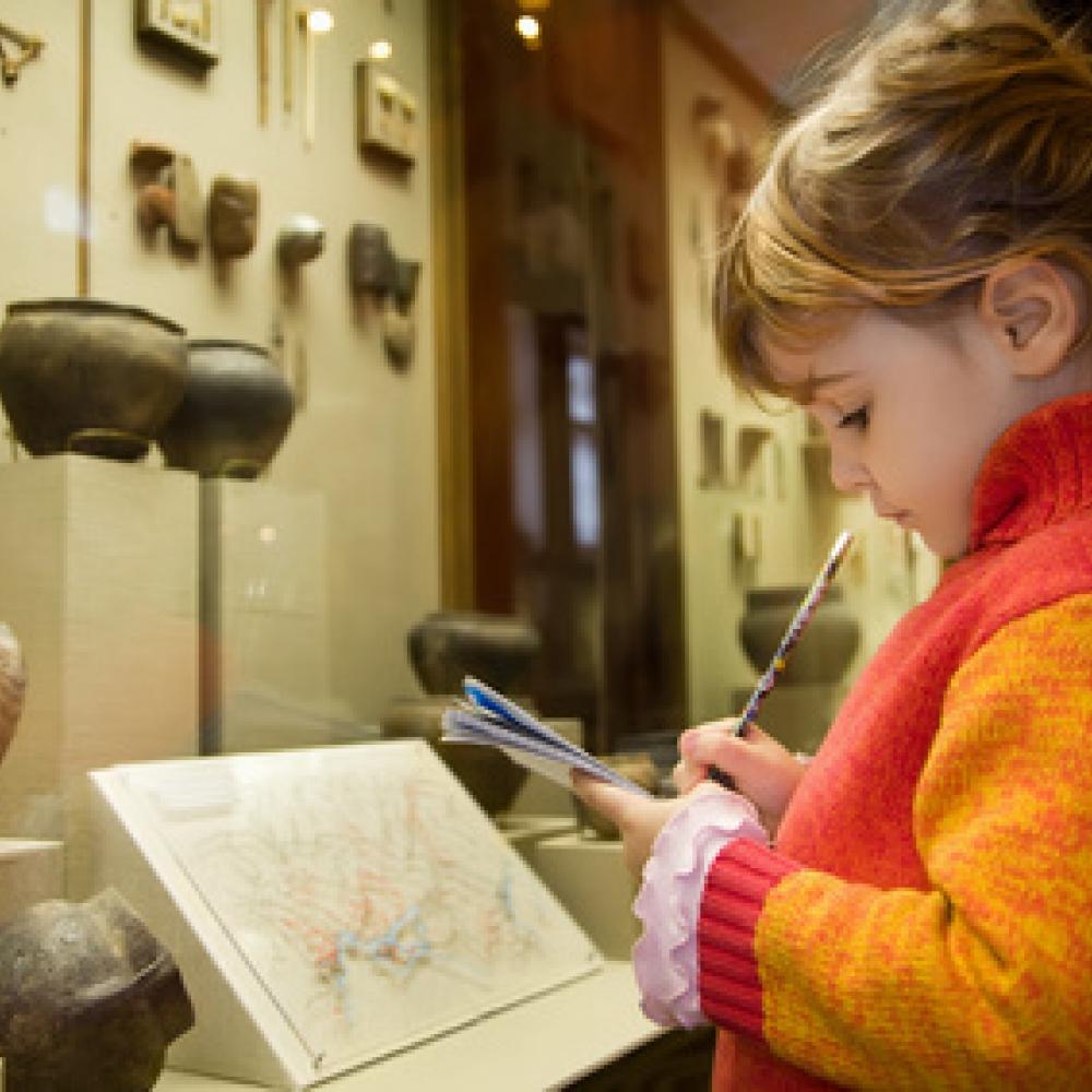 Donner le goût des musées à ses enfants