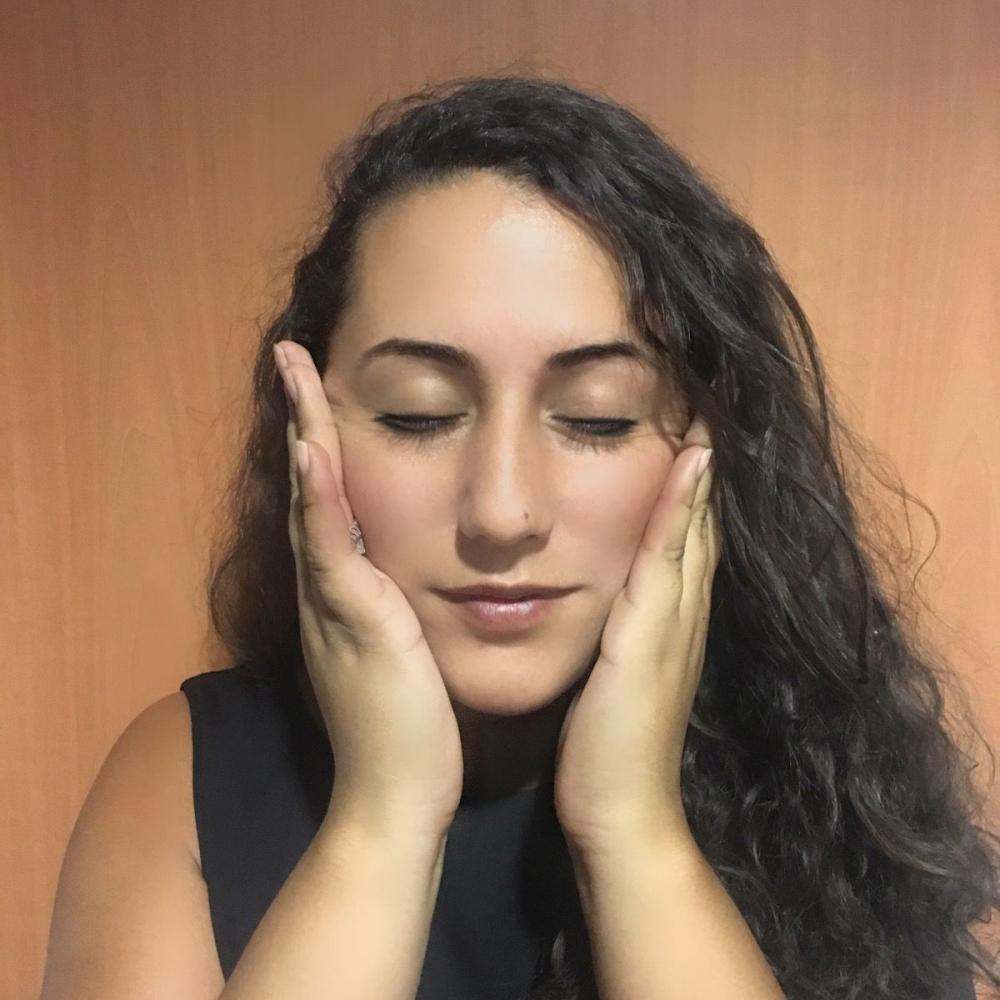 Massage relaxant du visage